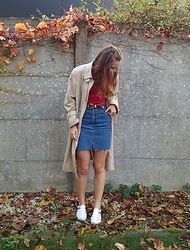 Charlotte Cocopop - Vintage Coat, Vintage Skirt, Urban Outfitters Belt, New Look Shoes - This is all we know