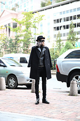 INWON LEE - Byther Small Spiky Studded Trilby Hat, Byther Double Button Soft Classy Woolen Coat, Guigomaggi Chic Polished Black Formal Dress Shoes - Studded Classic Formal Casual