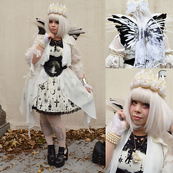 Vanessa Ferreira de Moura - Angelic Pretty Holy Lantern, Spaceship Lolita Long Wool Cardigan, Spaceship Lolita Black And White Wings, Rabit Head Necklace, Bones Belt, Spaceship Lolita Raven Skull Headpiece, Alice And The Pirates Holy Tight, Undiz Star Wars Bodysuit, Off Brand Black And Gold Shoes, Pink Lens, Lime Crime Cupid Pink Lipstick - Halloween crow's hill party 2016