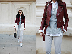 Andreea Birsan - Burgundy Leather Jacket, Grey Sweater, White Button Down Shirt, Grey Pants, Faux Furscarf, Adidas Stan Smith White Sneakers, Quilted Leather Crossbody Bag - The 41$ burgundy leather jacket everyone is wearing