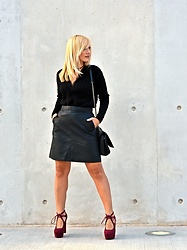 Evi Mili - Stradivarius Black Sweater, Zara Leather Skirt, Migato Shoes - Sweet November