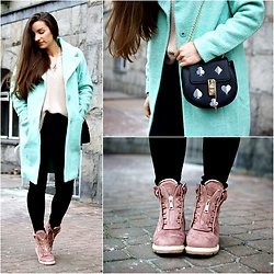 Asia M. - Long Mint Coat, Dirty Pink Trappers, Handmade Sweater - MINT COAT FROM ROSEGAL