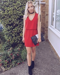 Natasha B - Forever 21 Red Shift Dress, Zara Monochrome Clutch, H&M Suede Boots, Topshop Black Velvet Chocker - Lady In Red