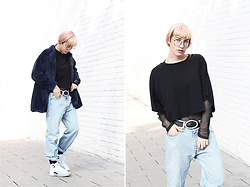 Kaj Lydia - Levi's® Vintage Levi's Jeans, Zaful Body, Jordan Air 12 - Back to the 90ies