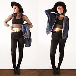 Gigi M. - Zaful Jean Jacket, Zaful Lace Up Choker - Genesis