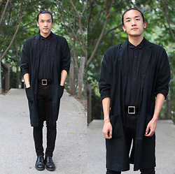 Xanthium James - Urban Outfitters Linen Duster, Urban Outfitters Linen Dress Shirt, Uniqlo Full Buckle Belt, Cheap Monday New Black, Dr. Martens Albany - Reverted