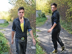 Pawel - Diesel Shirt, Mickey Mouse Belt, Dolce & Gabbana Sneakers, Leather Pants, Review T Shirt - Where are You now my....?