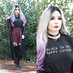 Federica D - Romwe Black Is My Happy Colour Printed Tee, Romwe Fake Leather Choker - Black is my happy colour