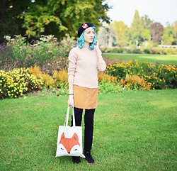 Evelyn Moon - Forever 21 Tote Bag, Pull & Bear Mini Skirt - For the love of parks
