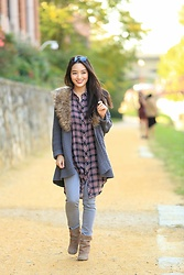 Kimberly Kong - Velvet Heart Plaid Tank, Saks Fifth Avenue Chunky Knit, Theory Gray Skinny Jeans, Steve Madden Boots - Cozy & Casual in Georgetown