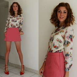 Laurielle Haze - Steak Fripes Bordeaux Vintage Floral Shirt, Zara Pink Skorts, Missguided Red Laced Sandals - You Barely Know Your ABC's ♫