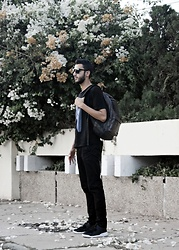 Abdel - Styleart Tee, Nc Backpack, Sammydress Sneakers - ALL Black