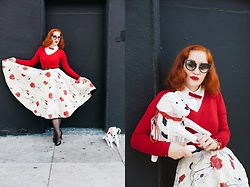 Roberta D. - Thrifted Knit, 1950´S Quilted Skirt, Kate Spade Doggy Wicker Purse, Dvt Sunglasses - Casey Jones