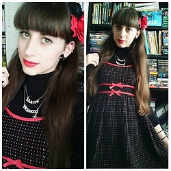 Yumi E.G. - Vivienne Westwood Necklace, Milk Dots Dress - Black and red