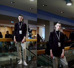 Andrejs Šemeļevs - Cos T Shirt, Cos Trousers, Adidas Shoes, Cos Backpack - RIGA FASHION WEEK // DAY 2