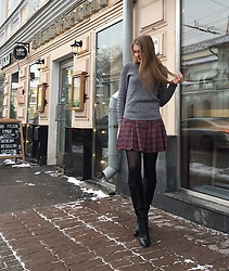 Dasha - Mango Sweater, Эконика Knee High Boots, My Hand Made Red Green Checked Skirt - Lunch with my girls