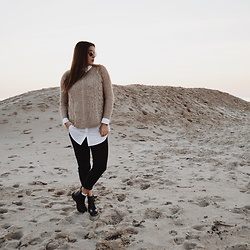 Odette - Mango Sweater, Pieces Blouse, Bershka Pants, Invito Shoes - Matching with the beach