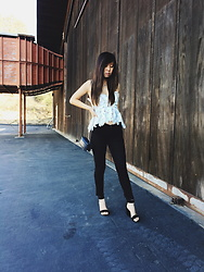 Karen C - Stone Cold Fox Texas Tube, Free People Cropped Jean, Jeffrey Campbell Shoes Lindsay Heel - Stone Cold Fox