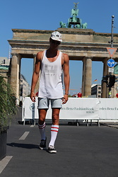 "Richy Koll - Vans Sneakers, Converse Socks, H&M Shorts, Zara Tanktop, Stüssy Cap - ""TB"" Berlin Fashion Week"