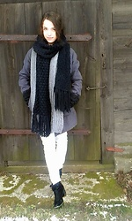 Pamela - Asos Scarf, H&M Boots - Winter is coming