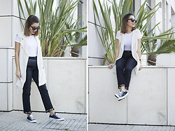 Frederica Ferreira - Zara T Shirt, H&M Vest, Zara Jeans, Converse All Star, Parfois Mini Bag, Pimkie Sunglasses, H&M Necklace, H&M Watch - It's Friday!
