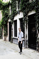Martin Bonke - Filippa K Grey Shirt, United Colors Of Benetton Black Pants - Grey Shirt. OOTD - FCKHIM.com