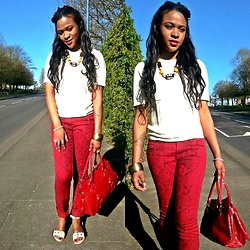 Ava Elite Watson - House Of Fraser Cream Open Toe Flat Sandals, Marks & Spencer White Tshirt Jumper, Junya Watanabe Tribal Necklace, New Look Red Handbag, New Look Tribal Gold And Greeb Chunky Bangle - Just A Casual Summer Shopping Day
