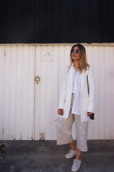 Carolina Abreu - Zara Cullotes, Jasmin Noir Blazer, H&M Sneakers - Holiday mood