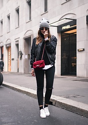 Guess What - H&M, Zara, Cos, Stradivarius, Parfois, New Look - STREET STYLE MILANO