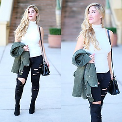 Laura Bustelo -  - GREEN MOTO JACKET AND SKINNY RIPPED JEANS