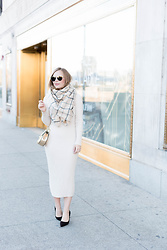 Ashley Hutchinson - Zara Check Blanket Scarf, Zara Nude Midi Sweater Dress, Prada Chocolate Suede Pumps, Chloé Gold Chloe Drew Bag, Ray Ban Aviators - Easy Thanksgiving Outfit