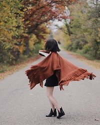 Sophie - Free People Cozy Shawl, Bdg A Line Skirt, Jeffrey Campbell Shoes Oriley Boot, Free People Waffle Top - Free Spirit
