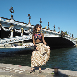 Lily T - Asos Top In Lace With Sequin Flower Embellishment - PONT ALEXANDRE III