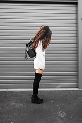 T - H&M Sweater, Steve Madden Boots, Camelia Roma Backpack - Over the knee boots