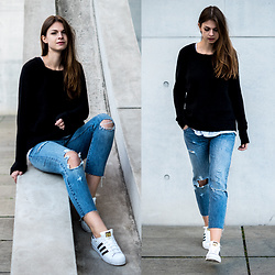 Jacky - Vila Sweater, Levi's® Jeans, Adidas Sneakers - Black / Blue