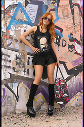 Irina Petrova - Brett66 Walt. Tanktop, Iron Fist Clothing Oh No Bag, Centro Black Highboots - [Br][Ba]