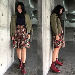 Christinachen - Gu Jacket, Gu Top, Vintage Pants - Raining