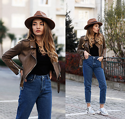 Melike Gül - Zaful Jacket, Romwe Lace Up Neck Top, Zara Mom Jeans - The Last Call