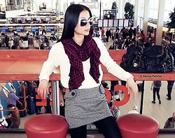 Hanna From HOLLAND -  - Airport chic ))