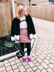 Maria Nichol - Zara Tshirt, New Look Skirt, H&M Coat, New Look Mules - Cold weather layers
