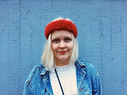 Sara - Second Hand Denim Jacket, Second Hand Fur Headband - Punapanta