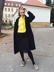 Sára Sošková - Cos Shirt, Zara Shoes, Zara Skirt, Cos Coat - Little brightness