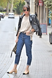 Rebeca LookForTime - Stradivarius Mum Jeans, Zara Shoes - NEW BASICS