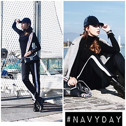 Luana Codreanu - Zara Trousers, Saint Laurent Boots, Daniel Wellington Watch, H&M Cap, Lido Venezia Bag - #NAVYDAY