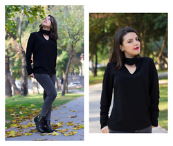 Emel Acar - Ironi Tekstil Blouse, Fox Shoes - Bye Bye Fall