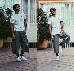 Jose Manuel Hernández - Asos Pants, Hollister T Shirt, Calcedonia Colour Shocks, Lefties Basic Sneakers - YES, JOGGERS!
