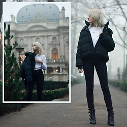 Anna Jaroszewska - H&M Padded Jacket, Sudio Sweden Earphones, H&M White Sweater, H&M Skinny Jeans, Asos Shoes - BLACK AND WHITE