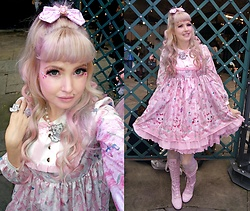 Roxie Sweetheart - Angelic Pretty Kiss Me Cat Op, Angelic Pretty Kiss Me Cat Hairbow, Roxie Sweetheart Fancy Feline Necklace & Ring, Ebay Pink Lolita Lace Up Boots - Kiss Me Cat