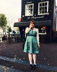 Libertad G - Dr. Martens Black Shoes, Emily Temple Cute Jumper Skirt - Lolitas in Amsterdam