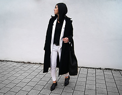 Kate I. - Arv Coat, Ignore Tee, Daphny Raes Bag - Mf/120316